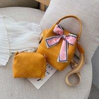 流行包包丝巾时尚宽带单肩斜挎包女水桶包HR9684
